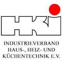 HKI_Logo_Schriftzug_vertikal_weiß